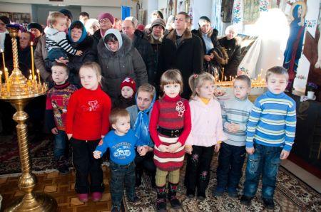 Святкова Літургія 19.12.2011 (ФОТО)